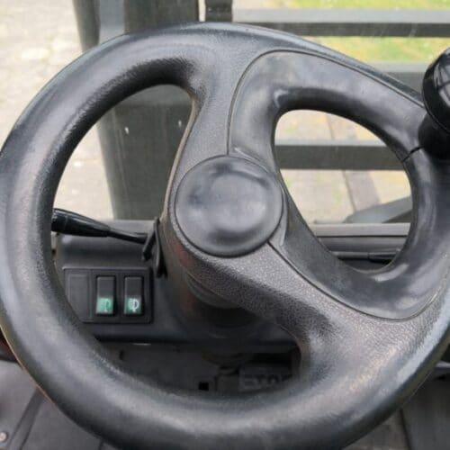 Wózek widłowy Linde H70D