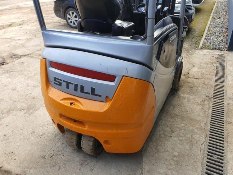 wózek wysokiego składowania Still